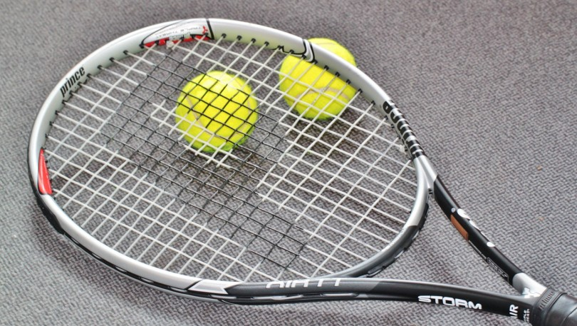 How to Choose the Best Tennis Racquet